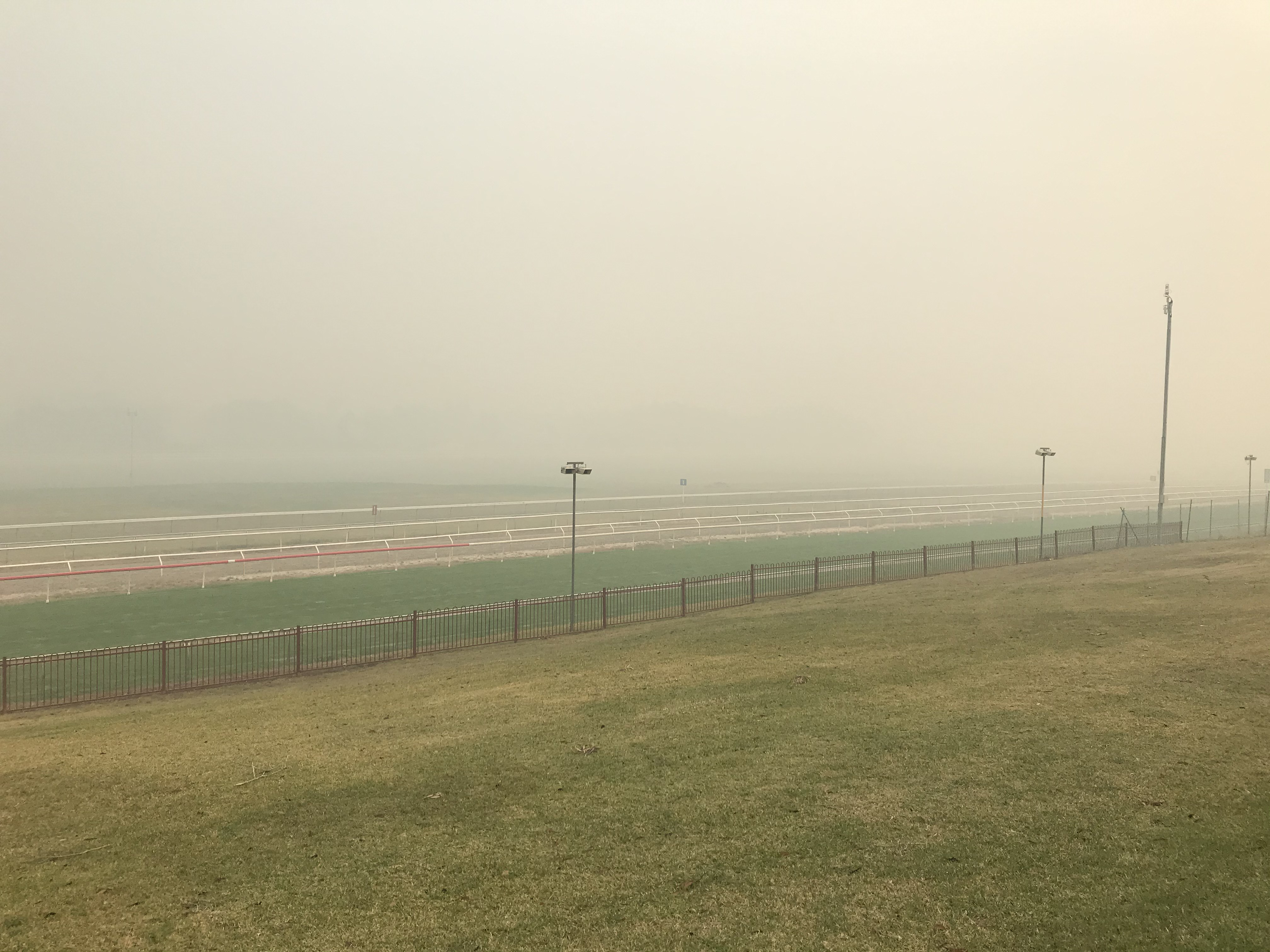 Article image for Smoke haze continues to blanket NSW mid coast