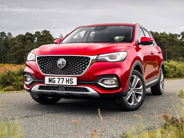 MG releases new mid-size HS SUV – value packed newcomer with extraordinary feature list