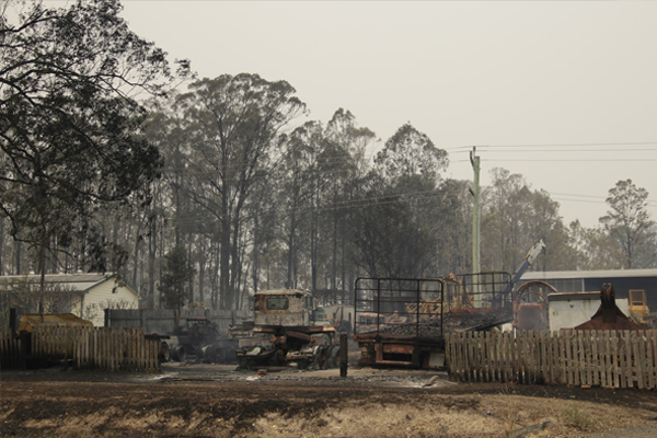 Article image for Man's body found in bushfire aftermath