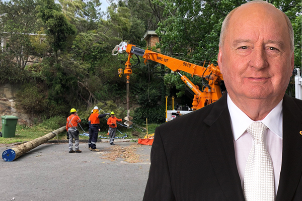 Article image for 'Don't start giving yourself a pat on the back': NBN boss grilled over ongoing outages