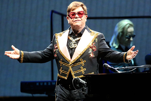 Article image for Viagogo leaves hundreds of Elton John fans in the lurch