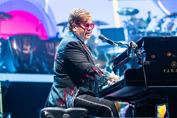 Article image for Music heavyweight guarantees they're 'on top of' Viagogo fake Elton John tickets