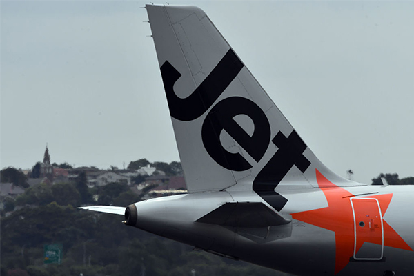 Jetstar strike: Widespread disruption expected over the holidays