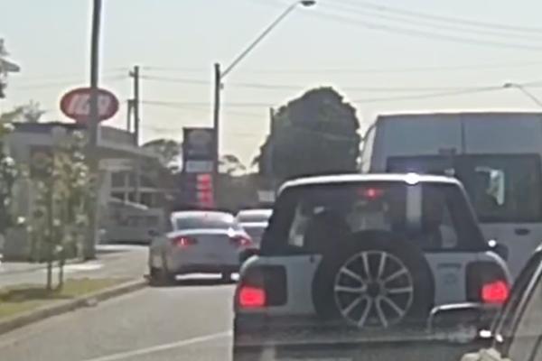 WATCH | Reckless driver mounts footpath in school zone