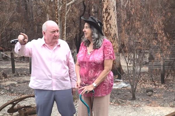 WATCH   Alan Jones visits NSW towns devastated by bushfires