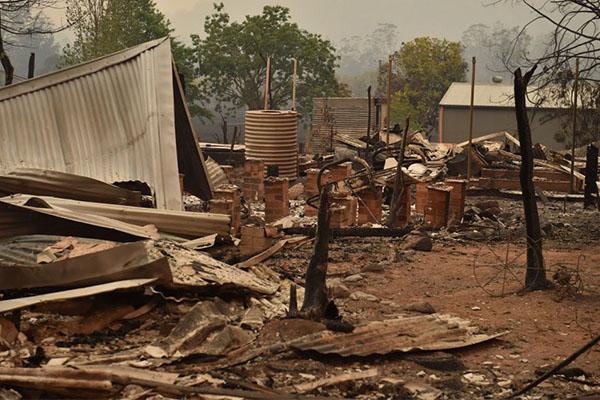 NSW Government pledges $1 billion to rebuild fire-ravaged communities