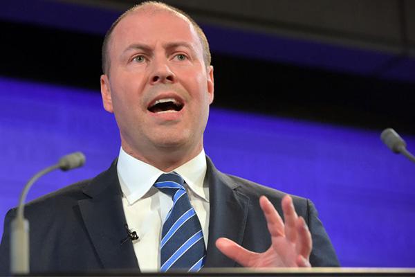 Article image for 'No doubt' bushfires will have 'major impact' on economy: Josh Frydenberg