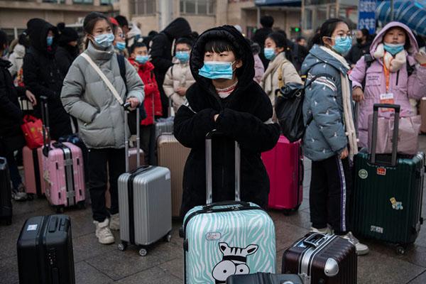 Article image for 130,000 jobs to go as economy battles coronavirus