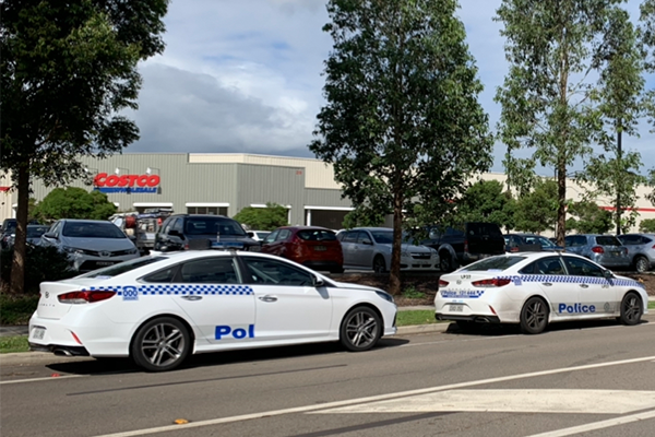 Article image for Police called to toilet paper frenzy at Costco