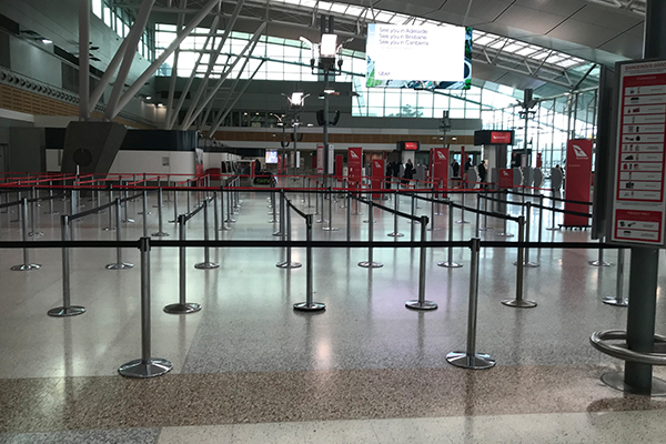 Article image for Airport lounges left empty amid coronavirus crackdown