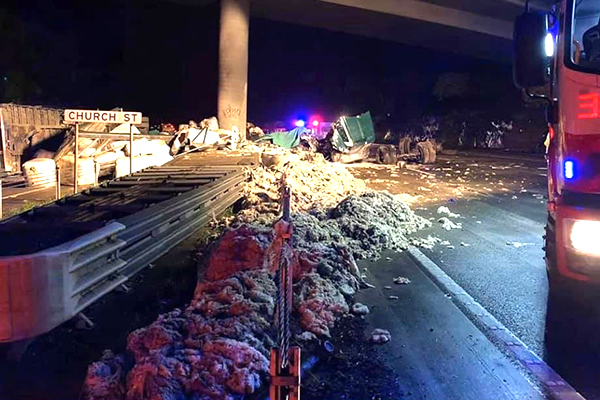 Article image for Fatal crash closes M1 in both directions