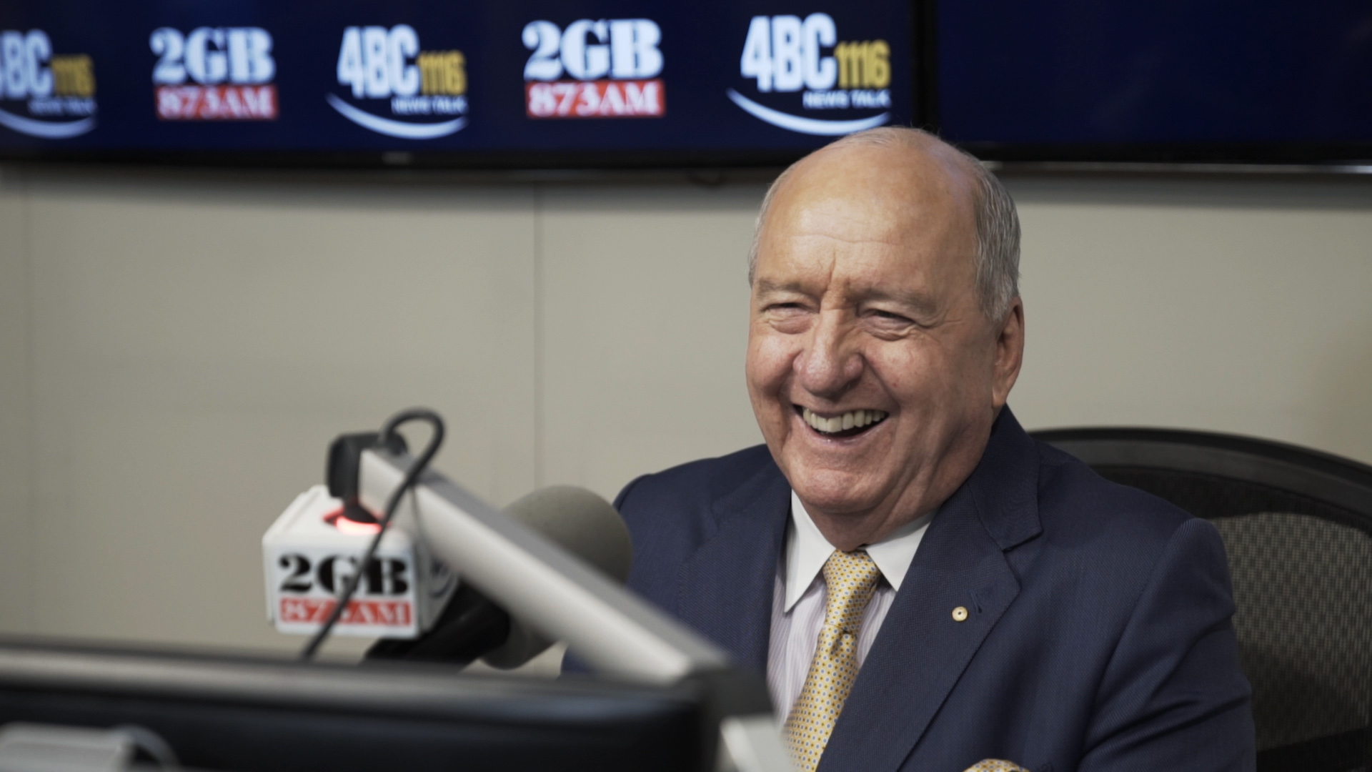 Article image for Broadcast legend Alan Jones announces radio retirement