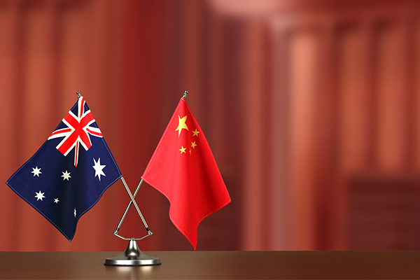 Federal MP blasts corporate Australia for 'kowtowing' to China