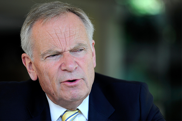 Article image for 'I'm not your friend any longer!': Lord Jeffrey Archer clears things up with Alan Jones