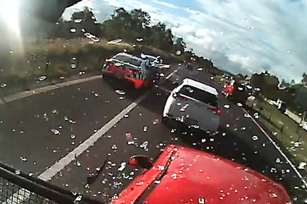 Article image for WATCH | Terrifying M7 multi-vehicle crash caught on dashcam