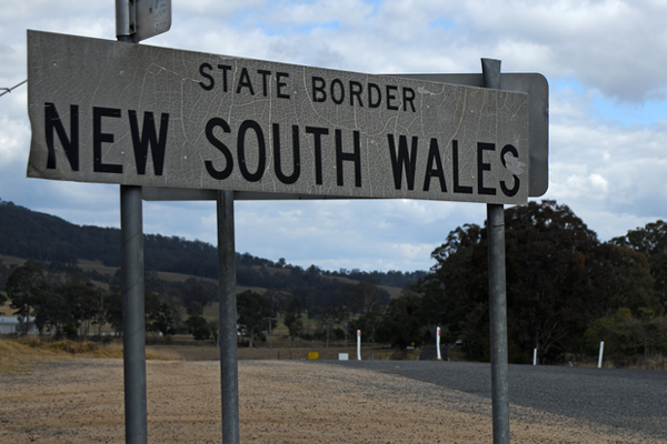 Restrictions expected to be eased for NSW-Victoria border towns