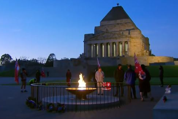 Article image for Jim Wilson slams 'disgraceful' anti-mask protest at Shrine of Remembrance