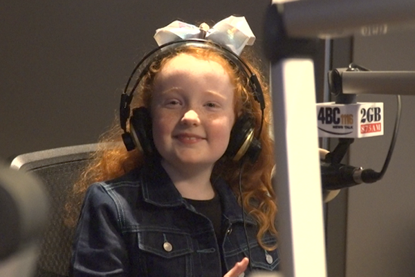 Brave little girl makes harrowing triple zero call and saves her mum's life