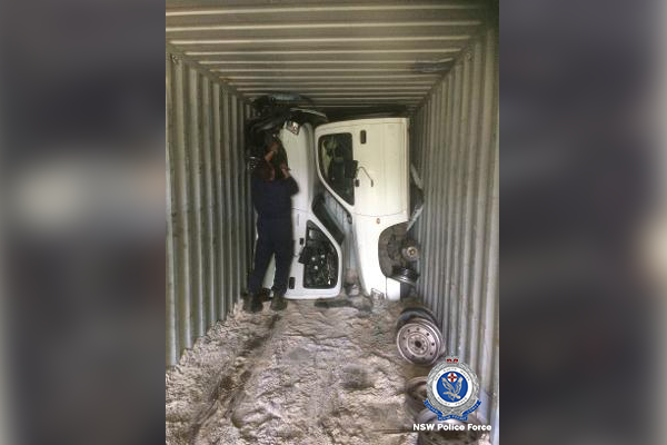Article image for Police discover stolen Toyota HiLuxes bound for Egypt