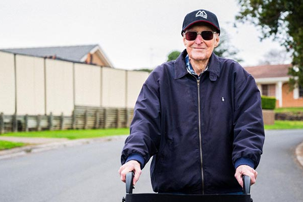 Article image for 'I can't help myself': 101-year-old veteran smashes Kokoda Track target