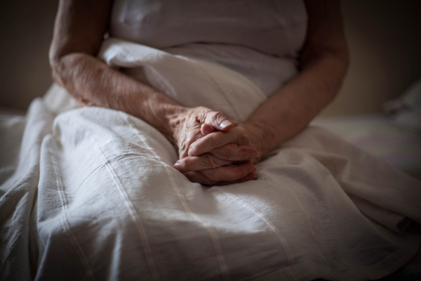 Article image for 'We're at war with the virus': Calls for immediate action on aged care