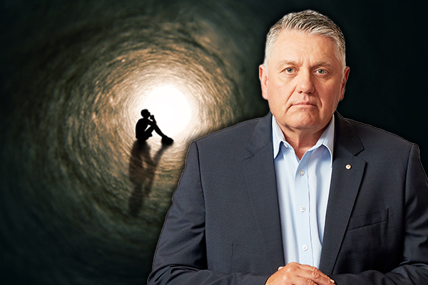 Article image for 'I felt ill-equipped to deal with it': Ray Hadley's message to parents about mental health