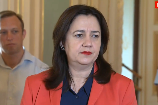 Article image for QLD Premier asked to 'hold her nerve' amid fears of border closure