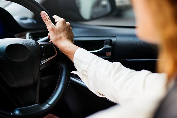 'Maniac' drivers intimidating women on NSW roads