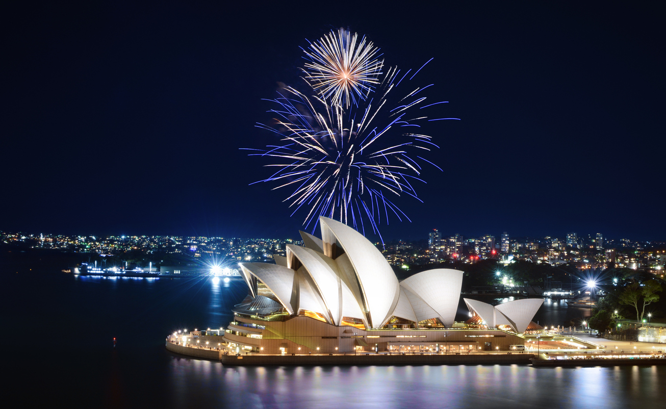 Article image for Uncertainty over NYE celebrations as NSW fights to control COVID-19 cluster