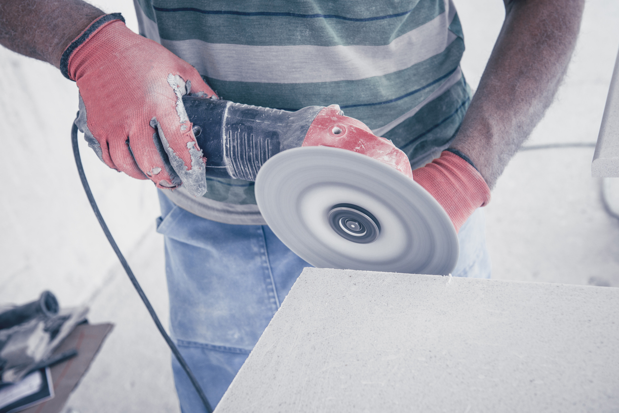 Fight to protect tradies suffering from preventable lung disease