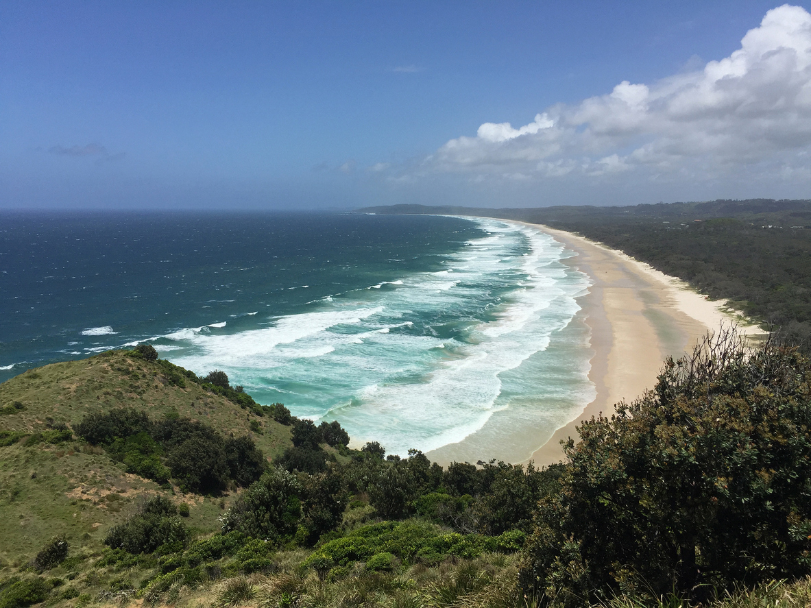 Byron Bay COVID testing process 'excruciatingly slow' amid outbreak concerns
