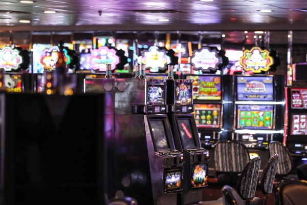 Article image for Clubs hit back at proposal to counter problem gamblers