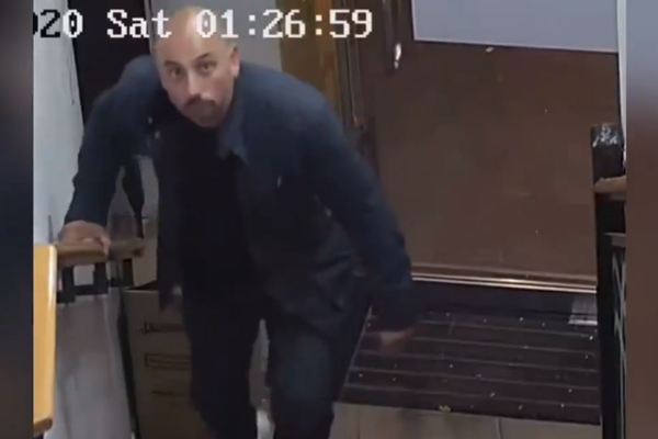 Article image for Brazen thief caught on camera stealing from Sydney restaurant