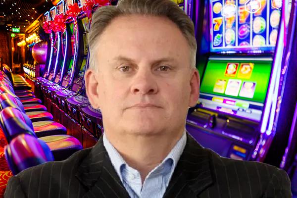 Mark Latham throws support behind cashless pokies