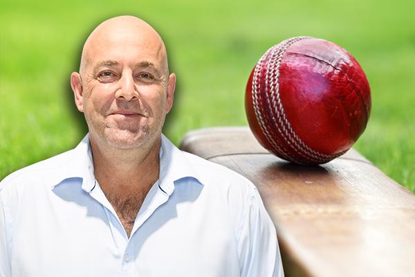 Article image for Former Australian cricket coach dismisses David Warner injury fears