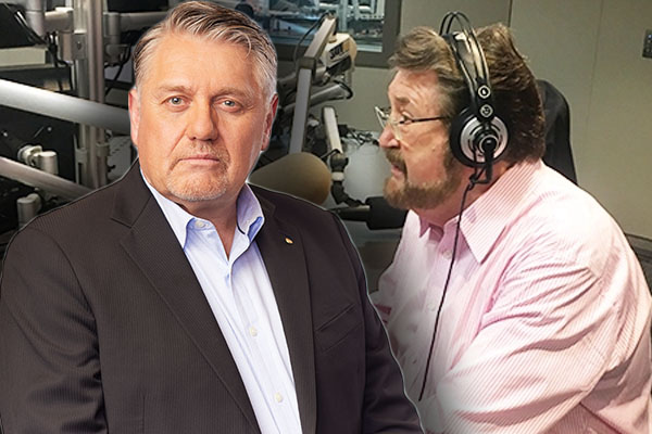 Article image for Ray Hadley blasts 'pain in the arse' Derryn Hinch