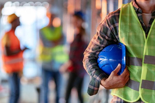 Ben Fordham blasts CFMEU's 'unrealistic' plan that could shut down summer construction