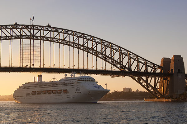 Article image for Cruise industry calls for resumption of local cruises