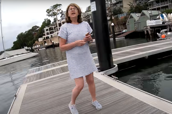 'Karen' threatens fisherman on jetty