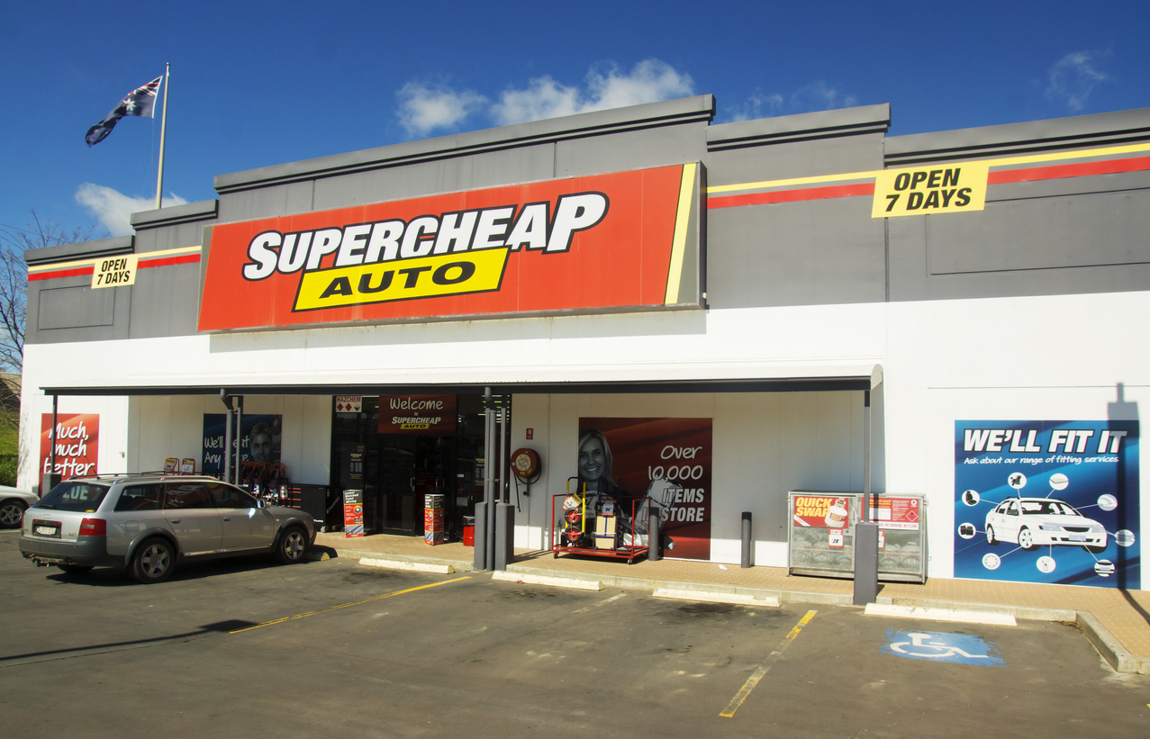 Article image for 'We just didn't need it': Super Retail Group to repay JobKeeper after profits surge 200%