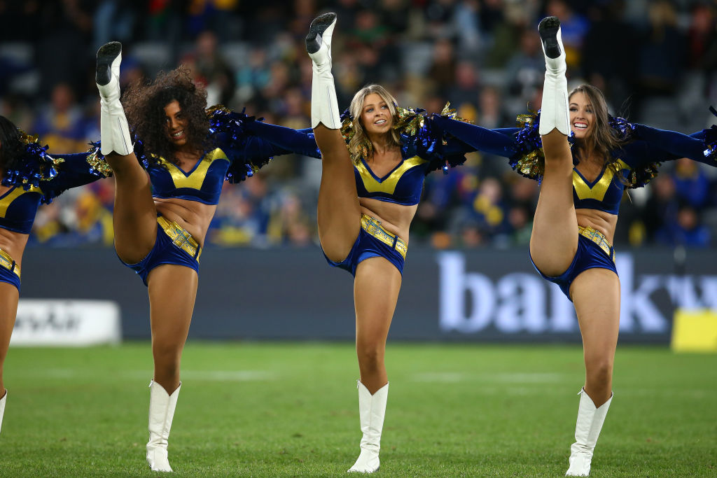 Article image for Jim Wilson's simple solution to the NRL cheerleader furore