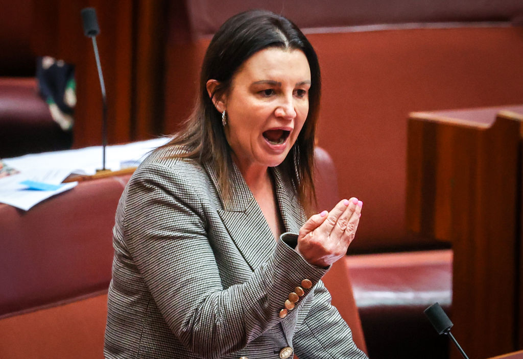 Article image for Jacqui Lambie 'blown away' by Scott Morrison's failure to deploy ADF