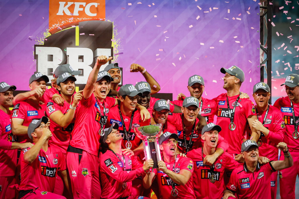 Article image for How a 'missed opportunity' helped take the Sydney Sixers to victory