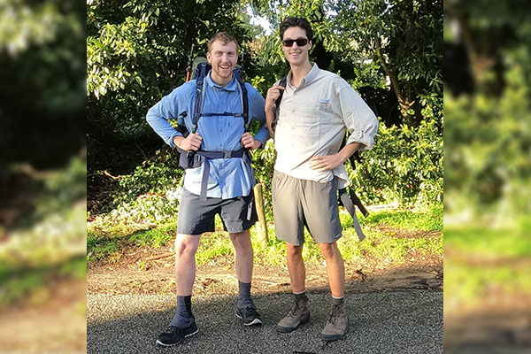 Duo makes daunting 13-week cross-country trek for dogs