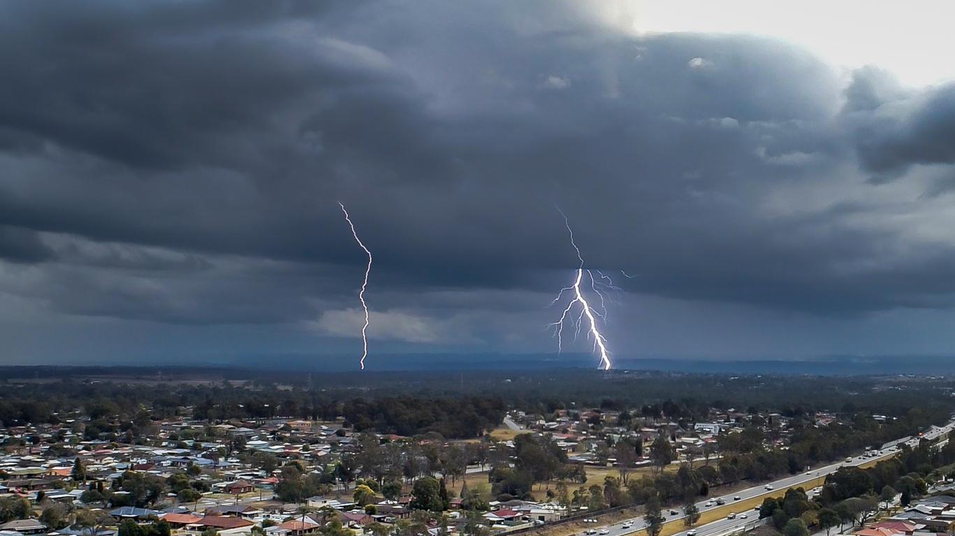 Article image for Sydney house fires a stark warning of lightning danger
