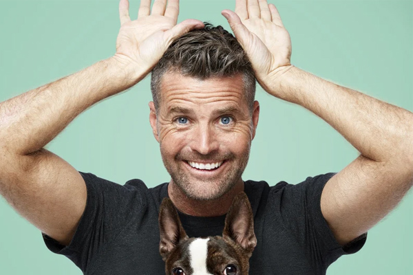 Article image for Conspiracy theorist Pete Evans running for Senate