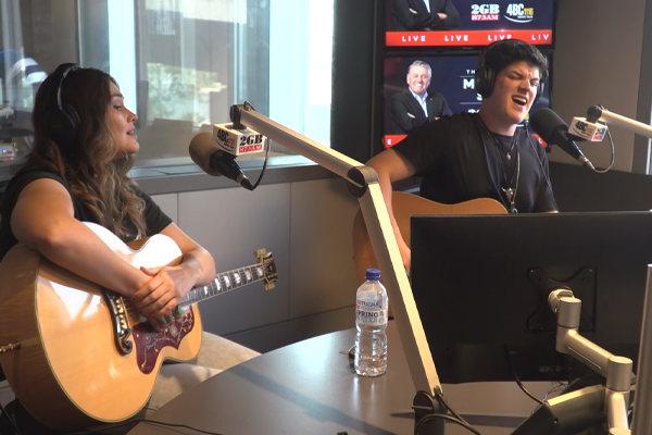 Country star Blake O'Connor performs LIVE in studio ahead of epic tour