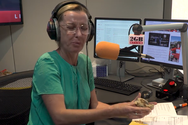 Article image for 'That is so wrong': Deborah Knight's hilarious hot gross bun taste-test