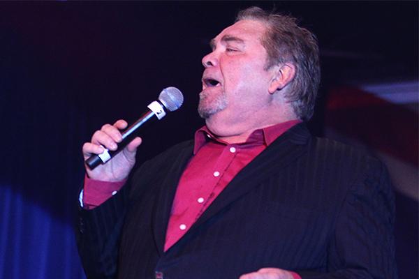 Tributes flow for great entertainer, neighbour, and 'dear friend' Doug Parkinson