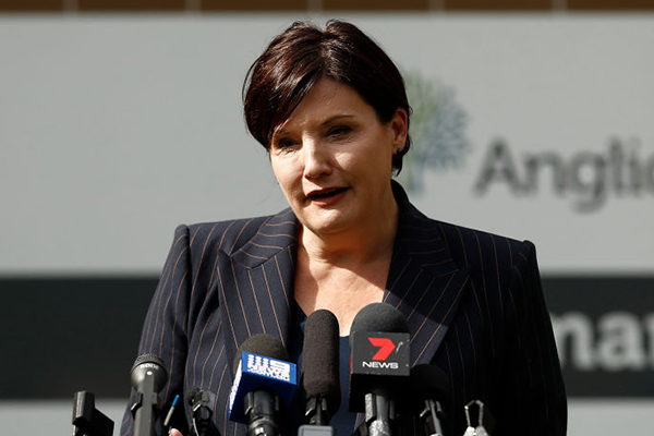 Jodi McKay reacts as health union severs ties with NSW Labor